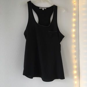 Collective Concepts Silk Tank size M